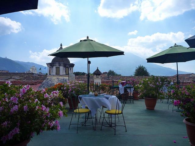 アンティグアのカフェ(グアテマラ)