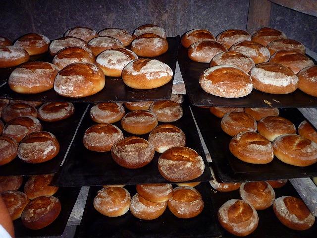 天然釜で焼いたパン(グアテマラ)